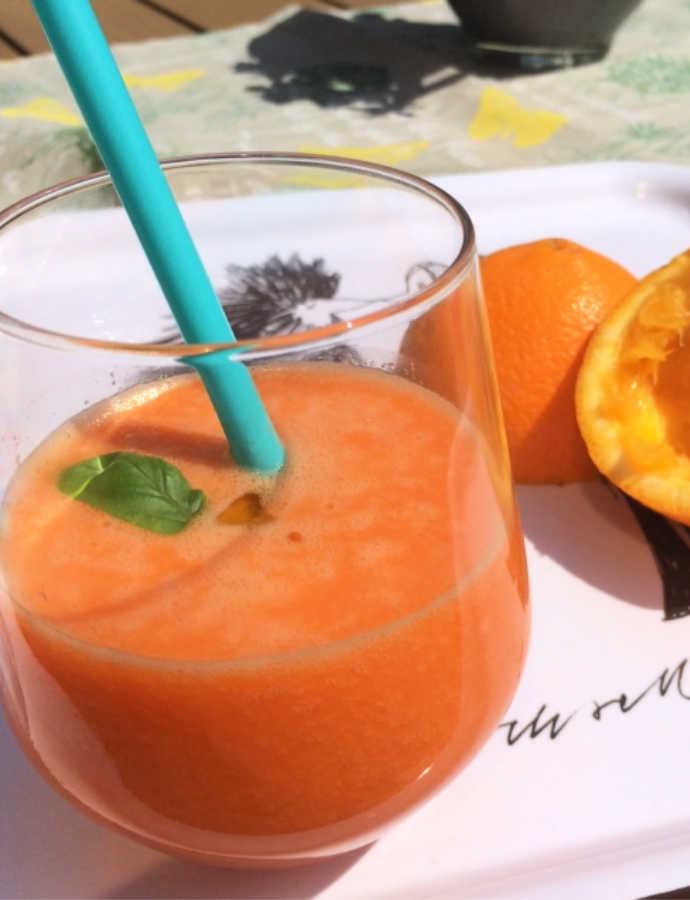 Möhren-Mango-Ingwer-Power-Drink