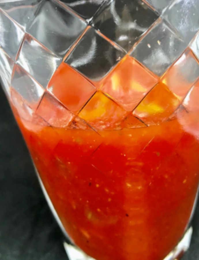 Kalte Wassermelonensuppe