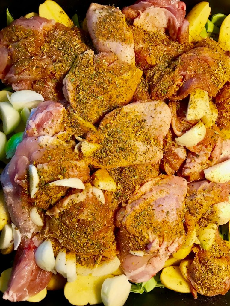 Hühnchen aus der Auflaufform, gewürztes Huhn, Partyrezept, Katis Rezeptgeschichten