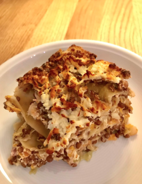 Linsenlasagne mit Spitzkohl und Möhren