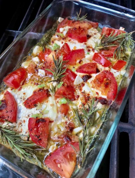 gegrillter Feta mit Tomaten – auch gebacken