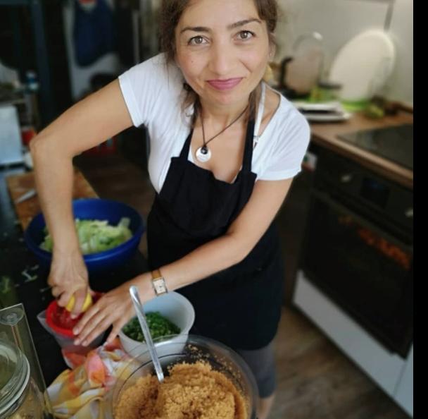 Leyla Selcuk im Leyka Unna